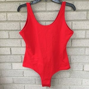 SUNRO Collection Red Scoop Stretch Bodysuit